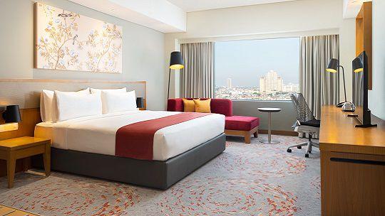 Holiday Inn & Suites Jakarta Gajah Mada