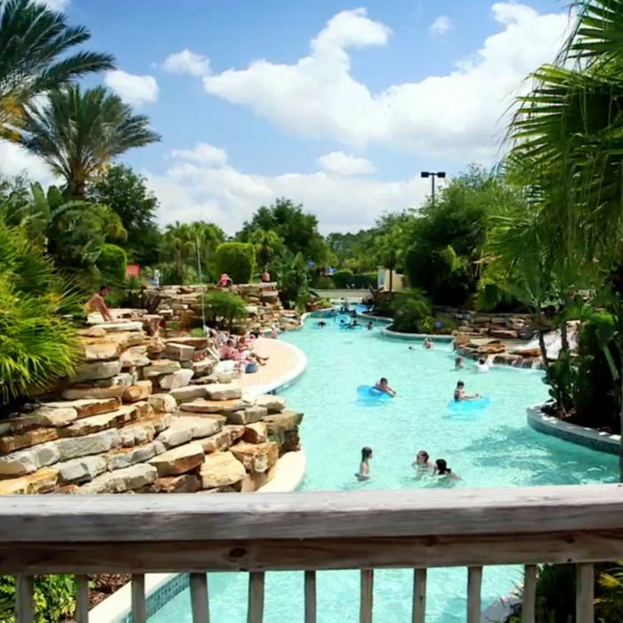 Enjoy large pools and lazy rivers at Holiday Inn Club Vacations® resorts
