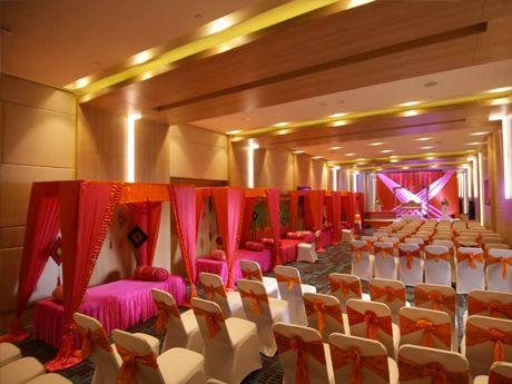 Holiday Inn Bengaluru Racecourse Road