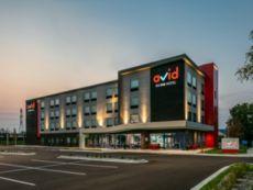 avid hotels Roseville - Minneapolis North