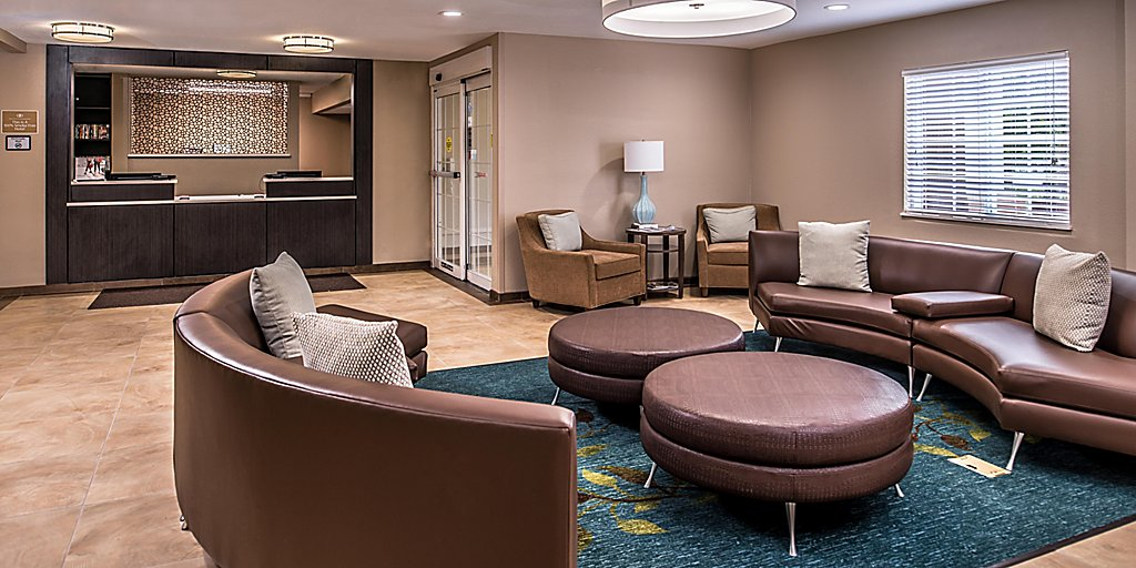 Pet Friendly Hotels Near Kansas City Speedway Candlewood Suites Kansas City Speedway