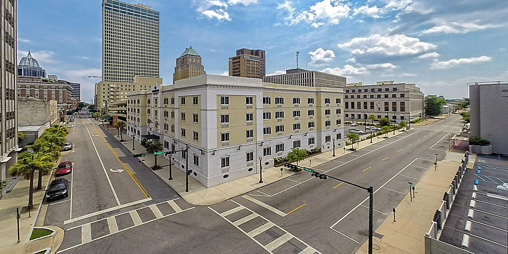Extended Stay Hotel Near Mobile Al Cruise Port Candlewood Suites Mobile Downtown