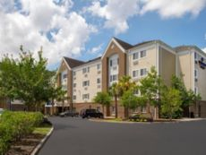 Candlewood Suites Charleston - Northwoods