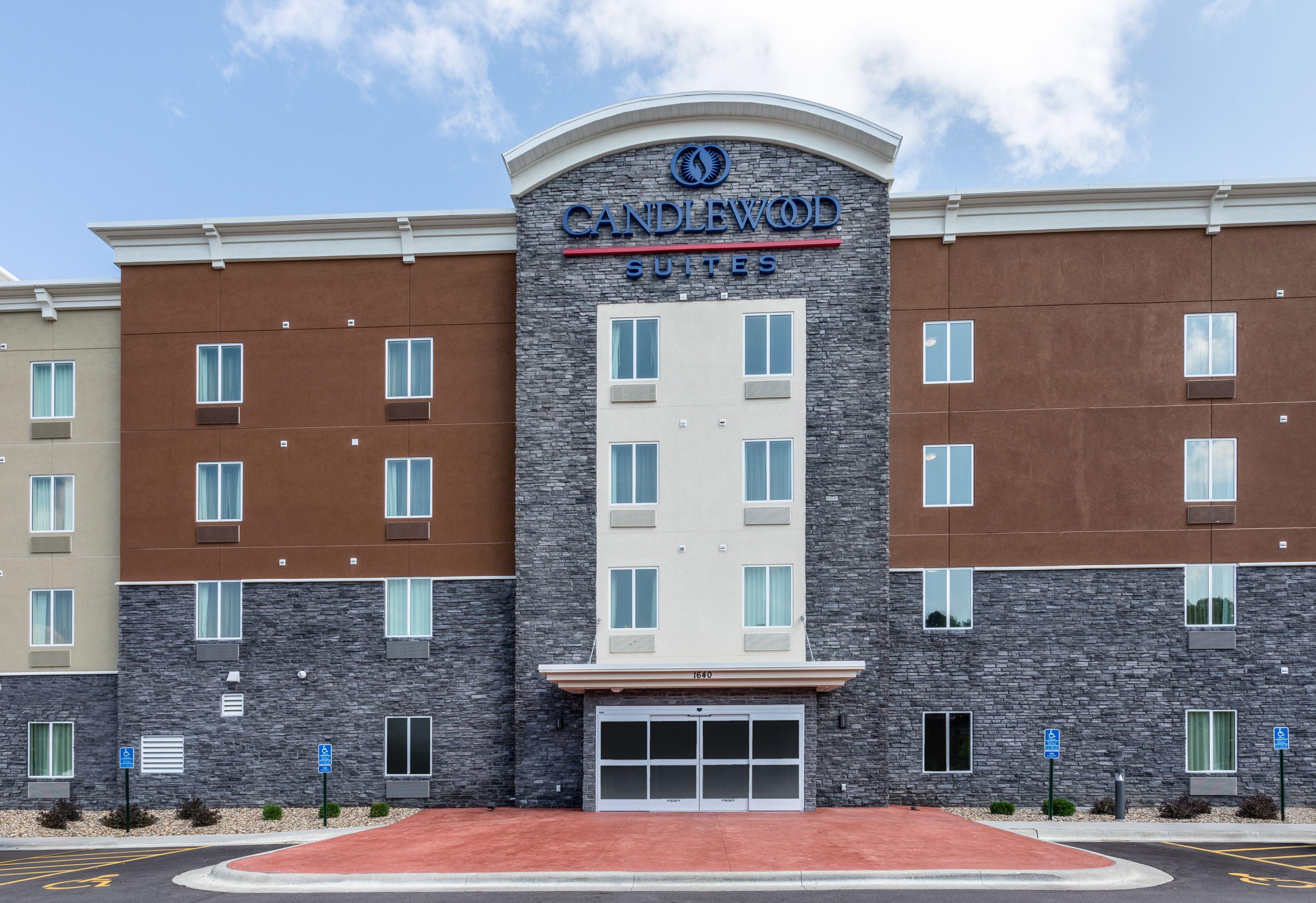 Hotels Near Mayo Clinic Rochester Mn Candlewood Suites Rochester Mayo Clinic Area