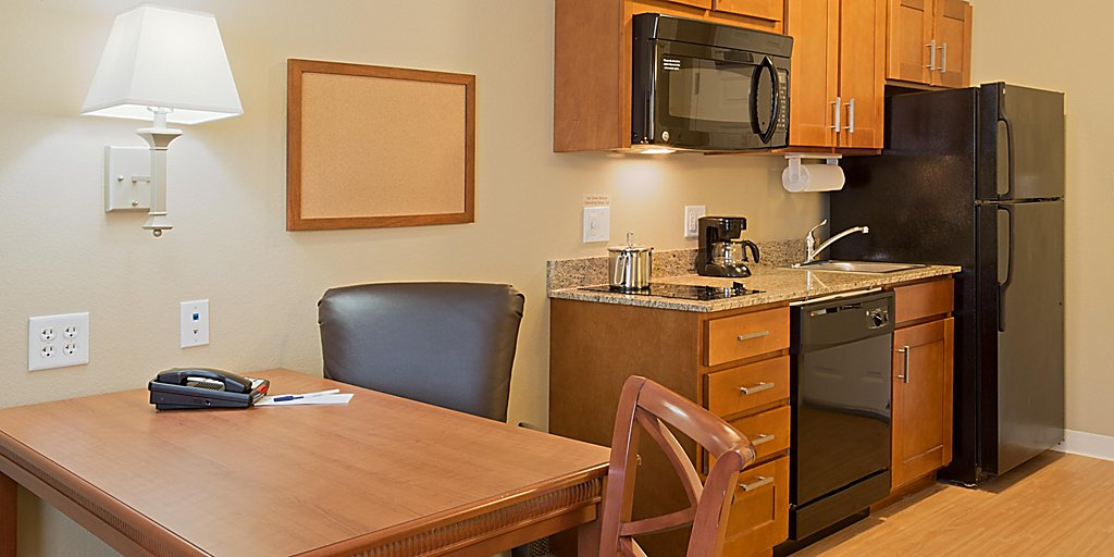 Candlewood Suites Tallahassee Room Pictures Amenities