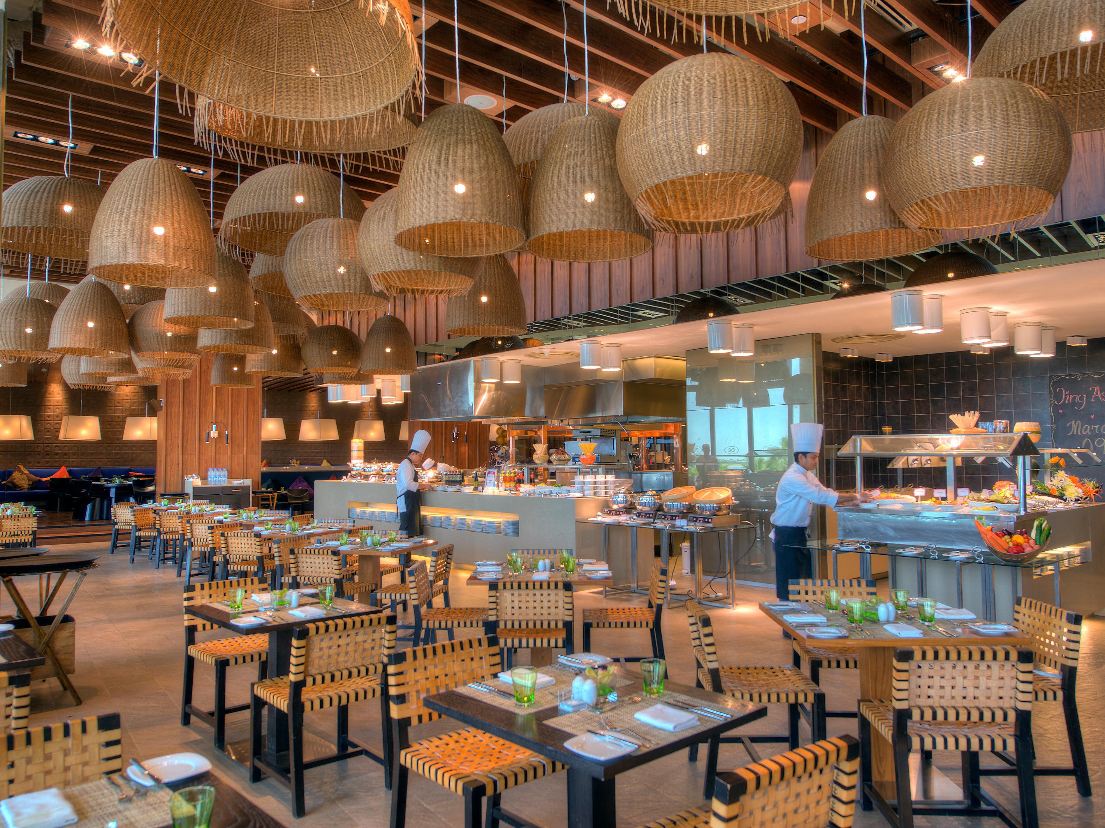 Restaurants Near Abu Dhabi Yas Island Crowne Plaza