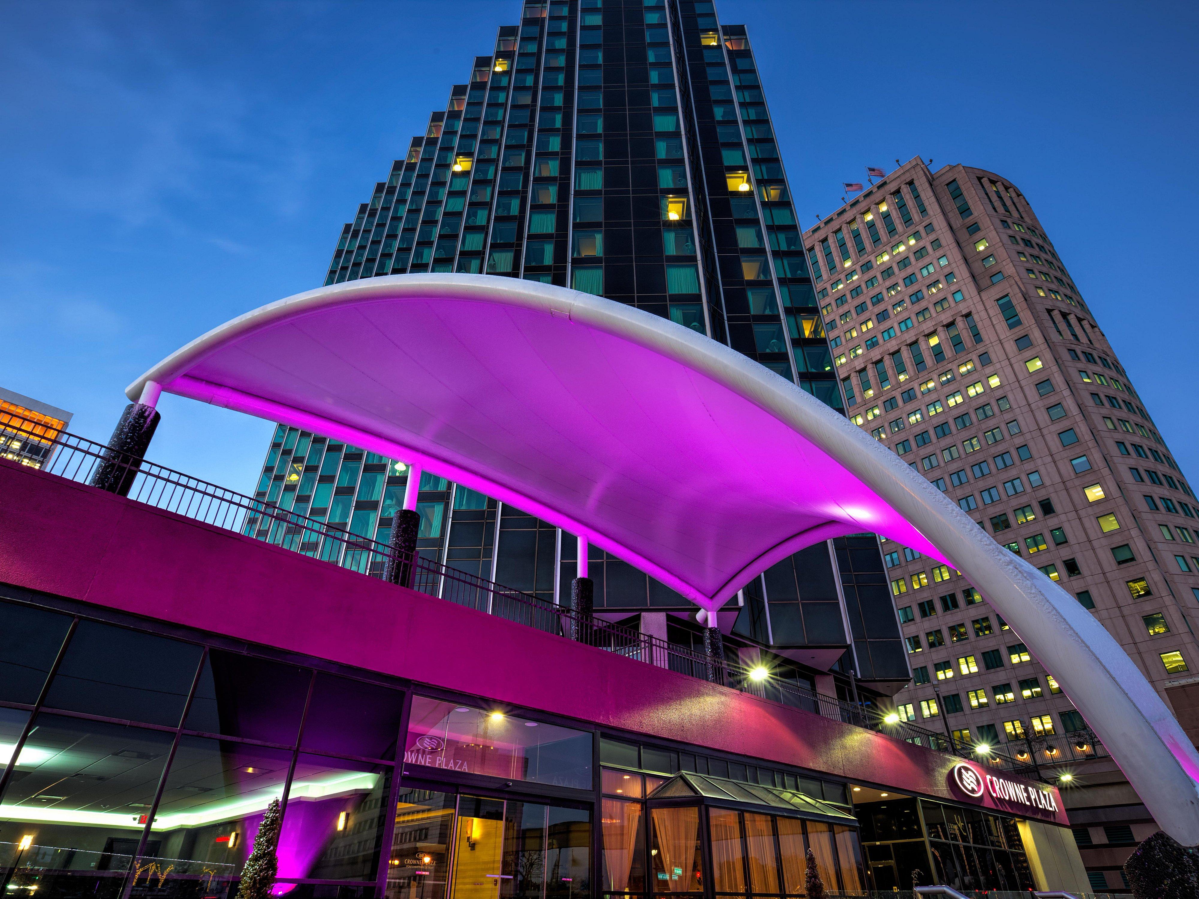 detroit hotels near ford field crowne plaza detroit downtown riverfront detroit hotels near ford field crowne