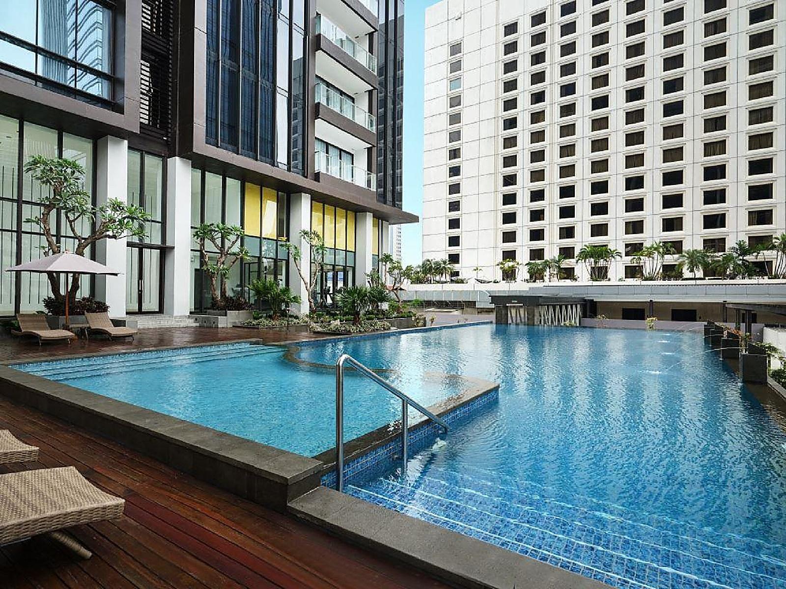 Crowne Plaza Jakarta Health And Fitness Facilities