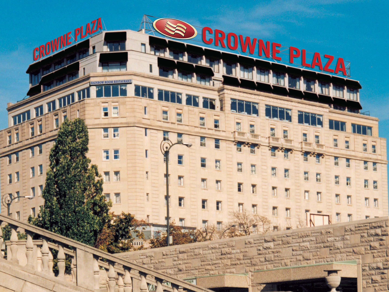 Niagara Fallsview Hotel Near Brock University Crowne Plaza Niagara Falls Fallsview