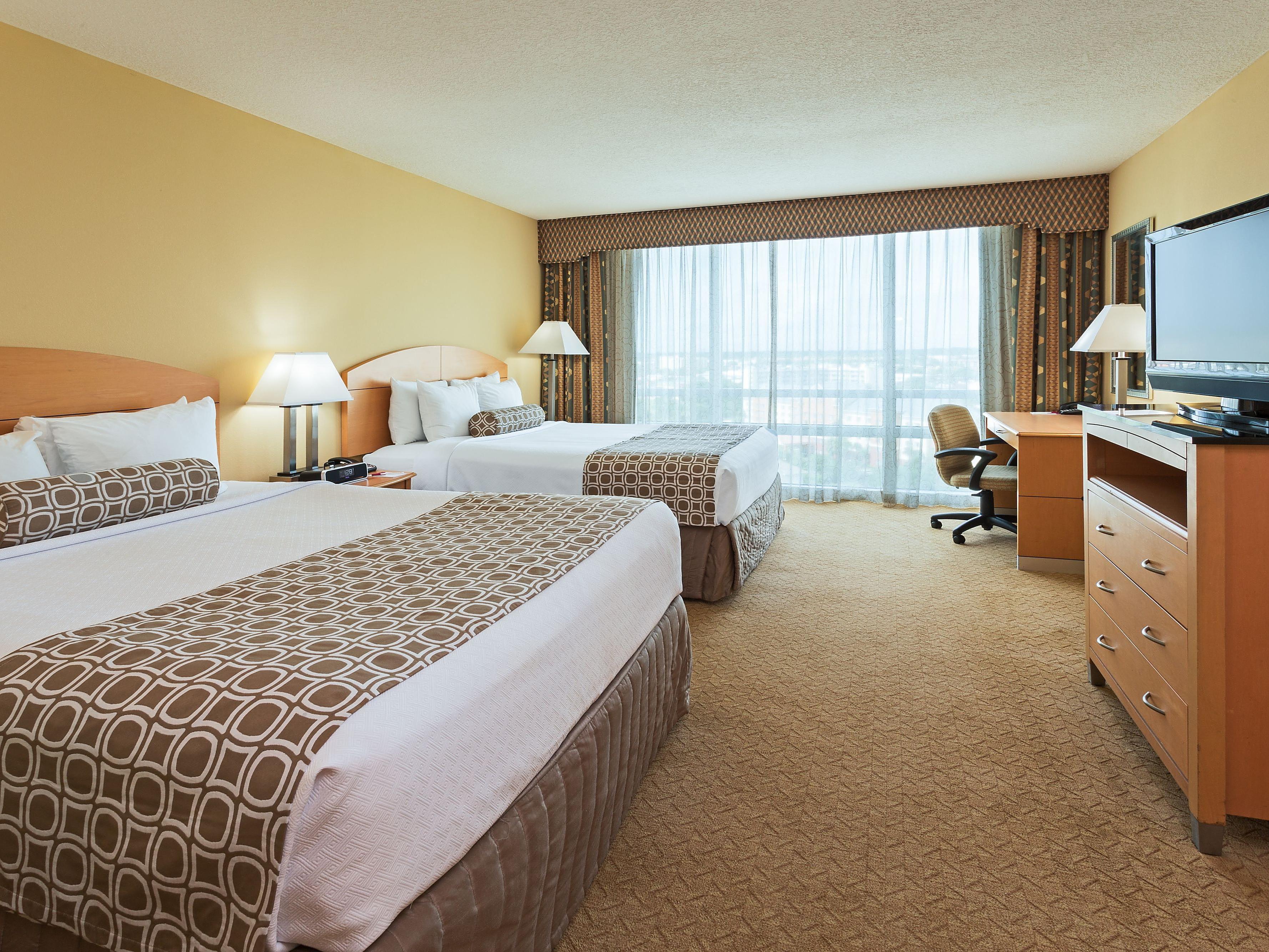 Hotels Near Orlando Convention Center   Crowne Plaza Orlando-Universal