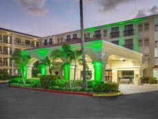 Holiday Inn & Suites Boca Raton - North