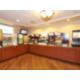 Holiday Inn Express - Powless Guest House, Breakfast Bar