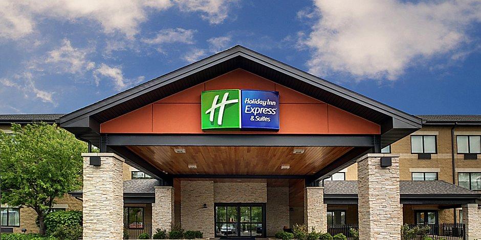 Hotels In Aurora Il Near Naperville Holiday Inn Express Suites Aurora Naperville