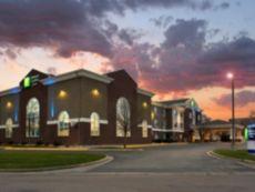 Holiday Inn Express & Suites Brookings