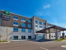 Holiday Inn Express & Suites Cedar Springs - Grand Rapids N