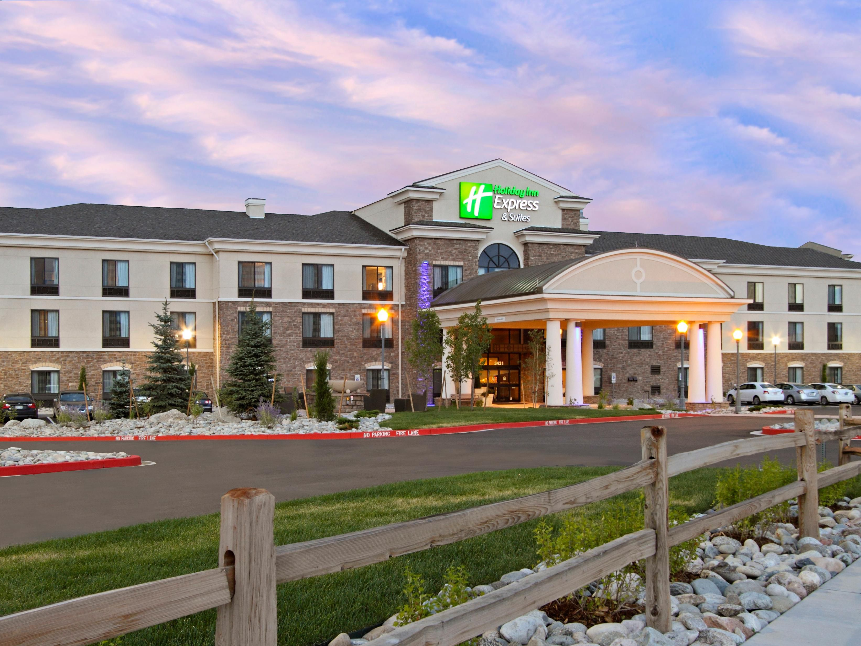 Colorado Springs Hotels Holiday Inn Express Suites Colorado Springs First Main