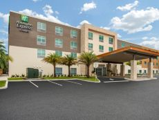 Holiday Inn Express & Suites Deland South