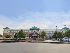 Holiday Inn Express & Suites Elk Grove Central - HWY 99