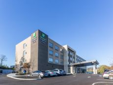 Holiday Inn Express & Suites Florence - Cincinnati Airport