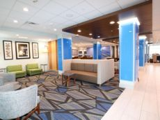Holiday Inn Express & Suites Forney