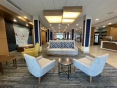 Holiday Inn Express & Suites Ft. Smith - Airport