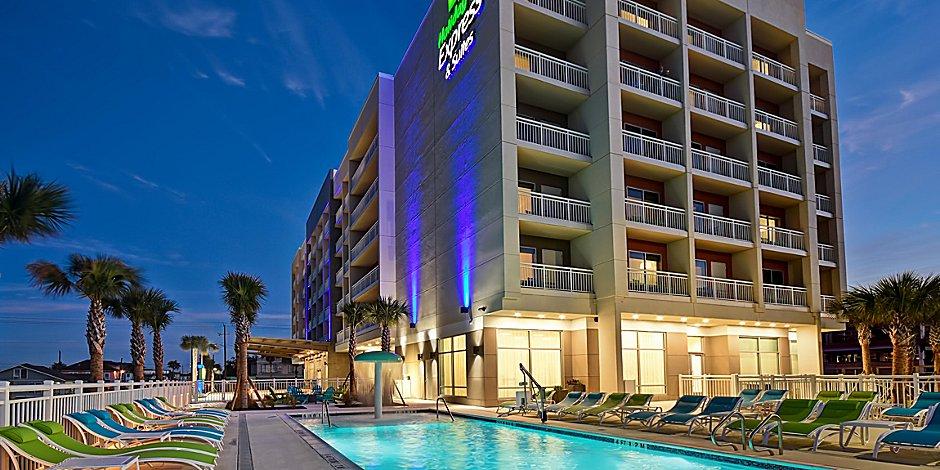 Beachfront Hotels In Galveston Tx Holiday Inn Express Suites Galveston Beach