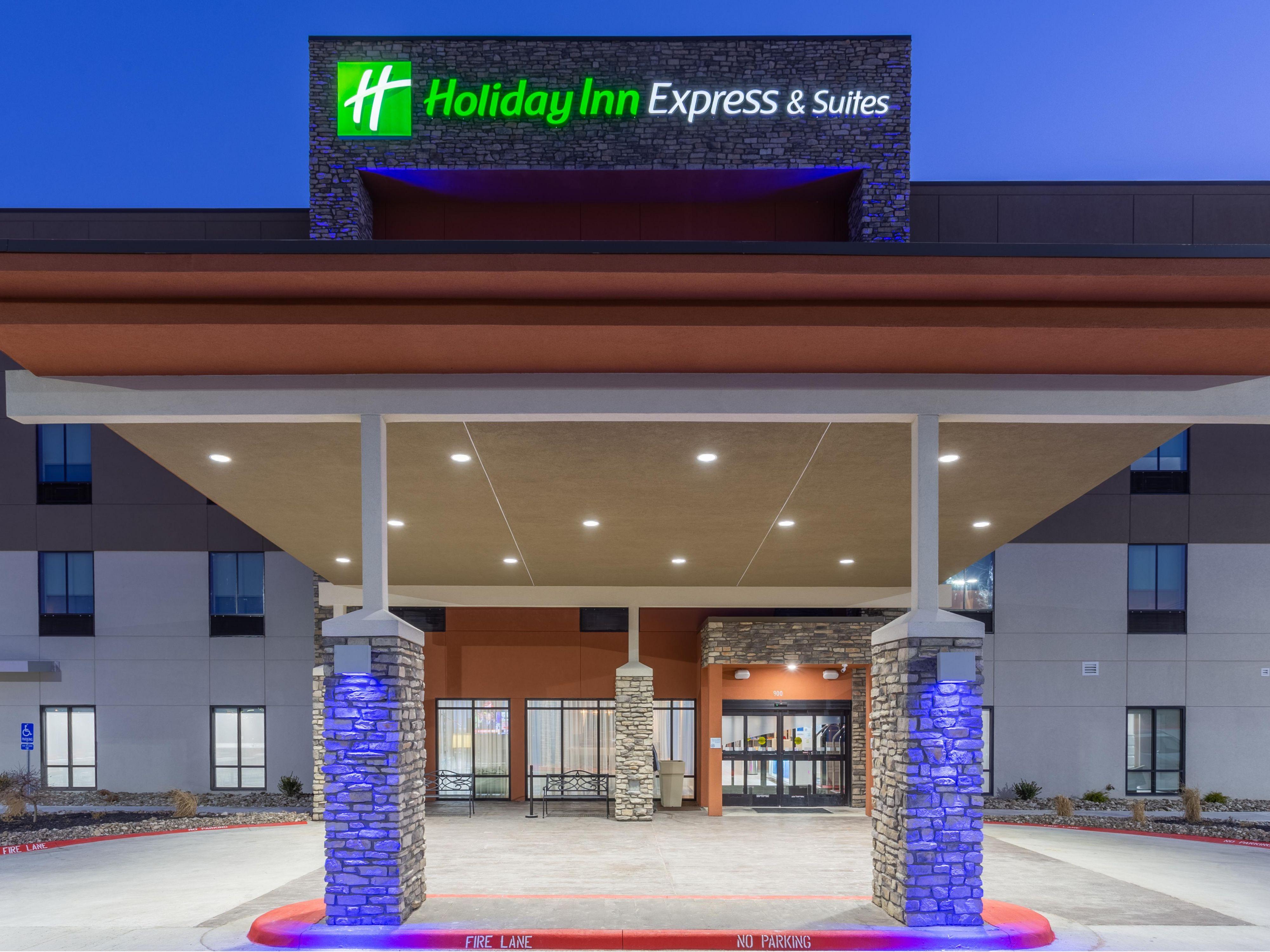 Budget Hotels In Oak Grove Mo Holiday Inn Express