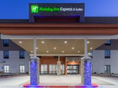 Holiday Inn Express & Suites Kearney