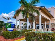 Holiday Inn Express & Suites Lantana