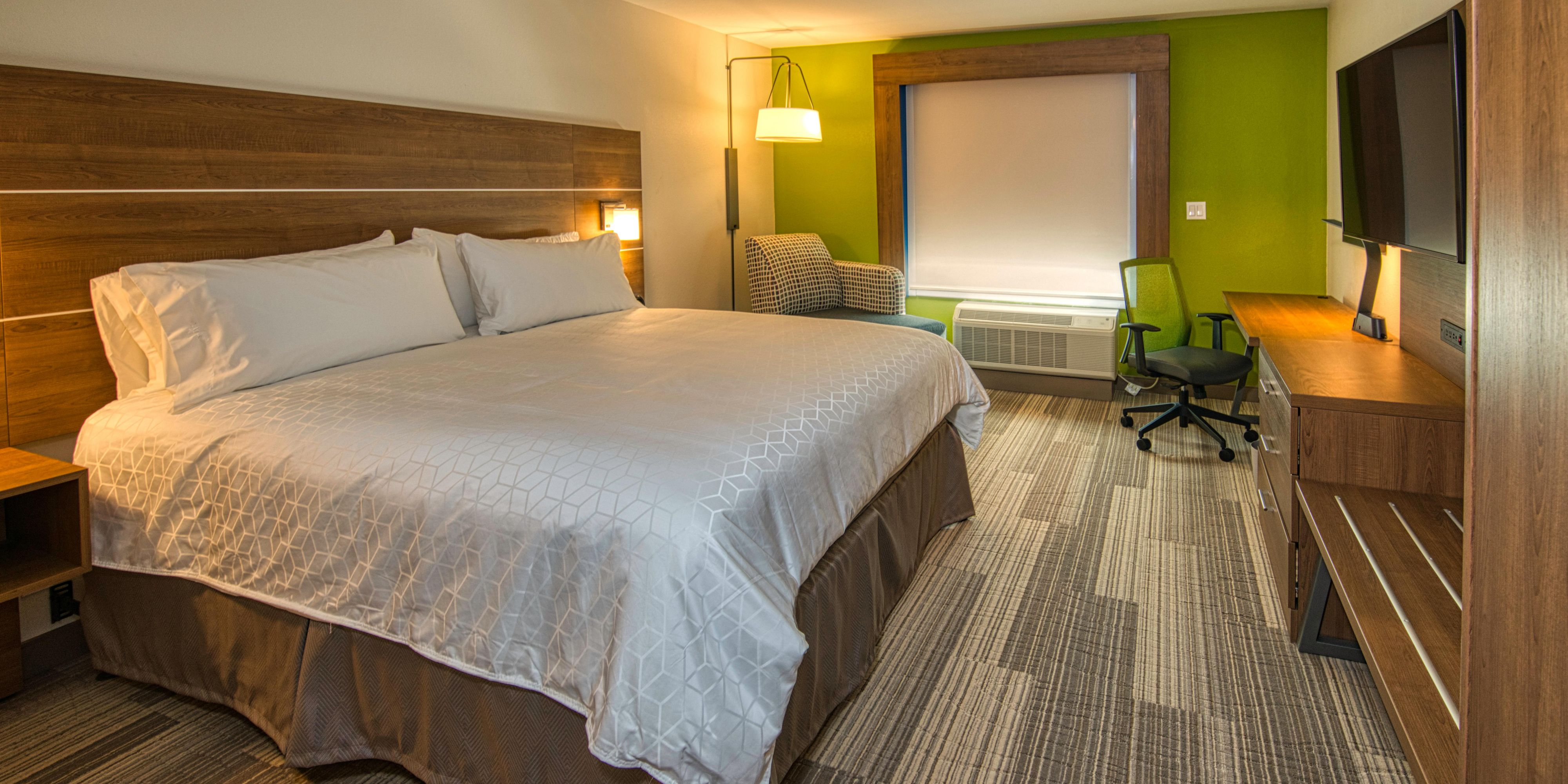 Hotels in Lincoln near Memorial Stadium  Holiday Inn Express
