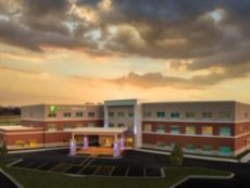 Holiday Inn Express & Suites Lockport
