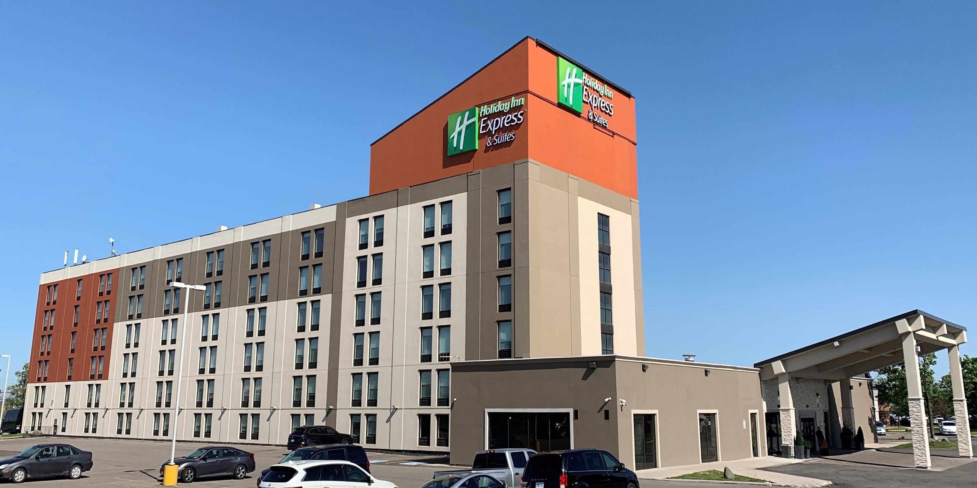 Mississauga Hotels with Pool   Holiday Inn Express & Suites ...