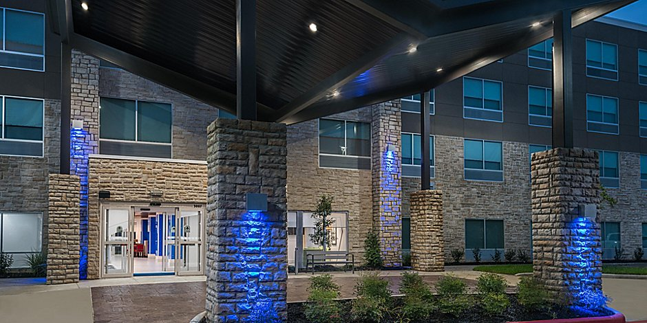 Hotels In Missouri City Texas Holiday Inn Express Suites Houston Sw Missouri City