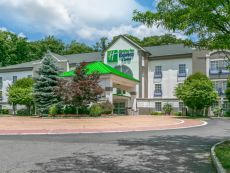 Holiday Inn Express & Suites Mount Arlington-Rockaway Area