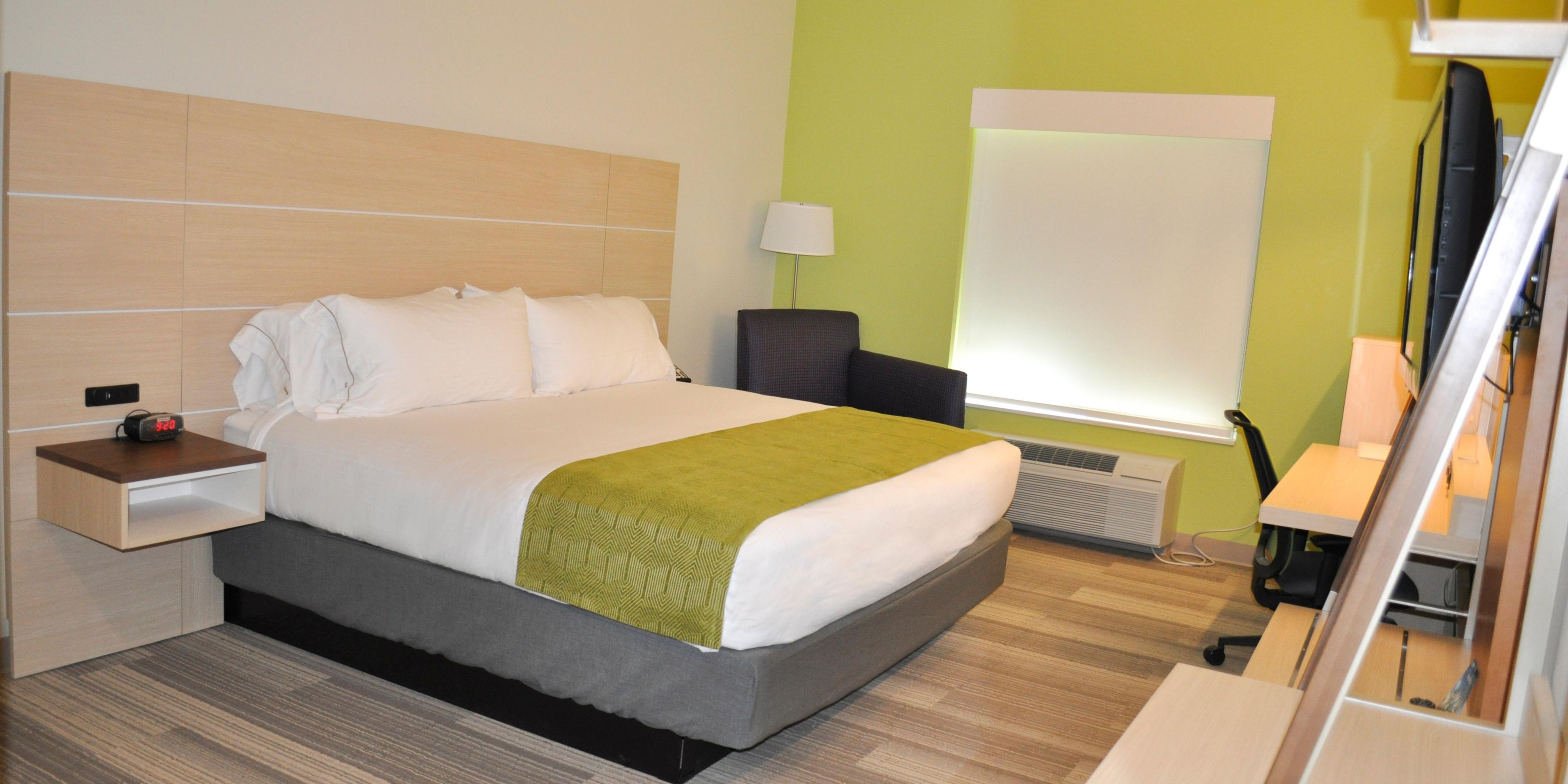 holiday-inn-express-and-suites-price-3646225036-2x1