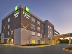Holiday Inn Express & Suites South Hill