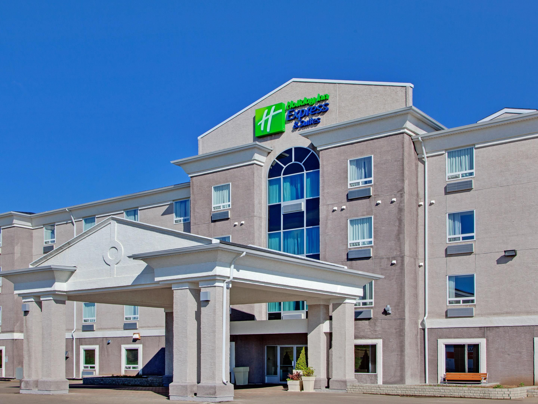 hotels in swift current near casino