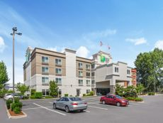 Holiday Inn Express & Suites Tacoma