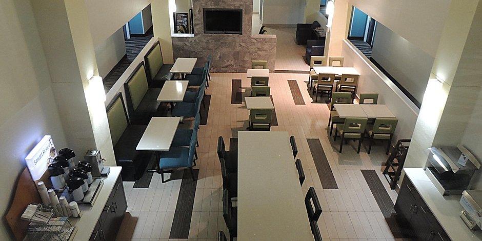 Trussville Hotel Near Bhx Airport Holiday Inn Express Suites Birmingham Ne Trussville