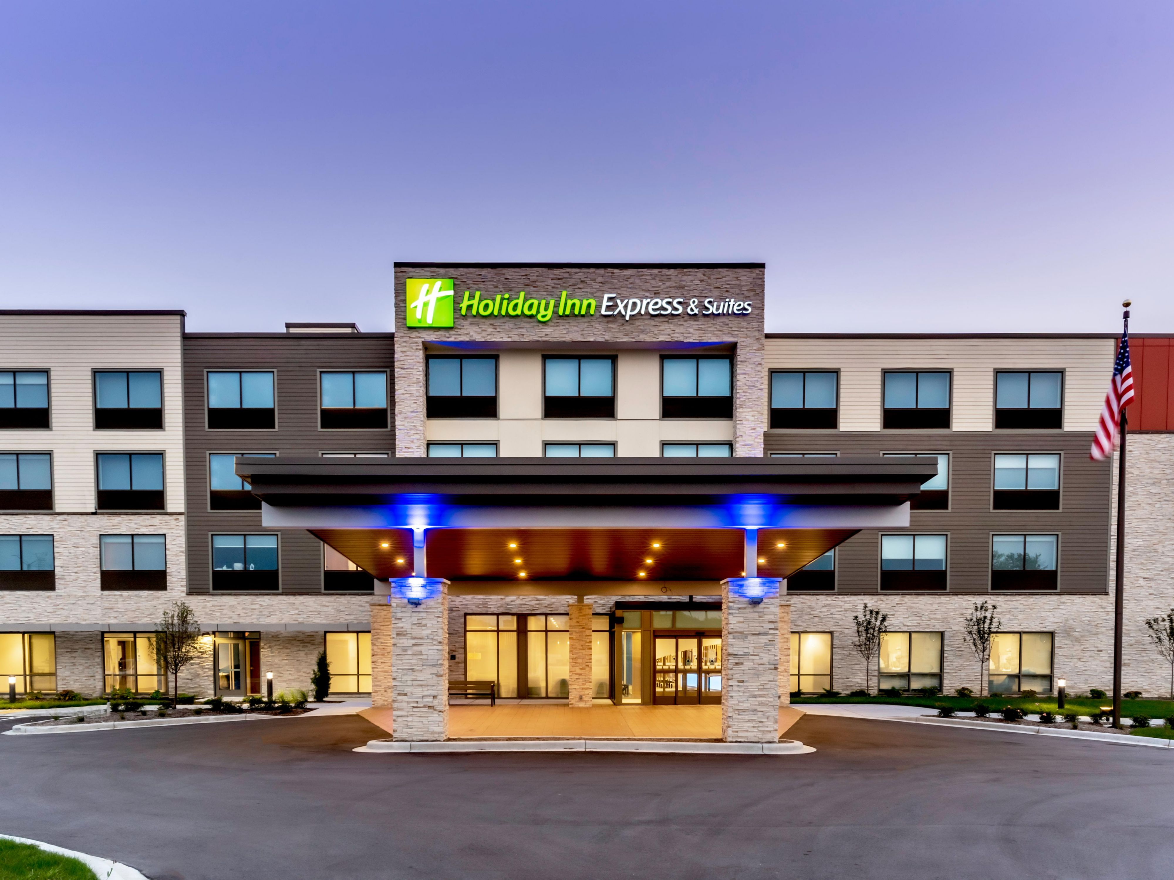 hotel in west allis wisconsin holiday inn express suites milwaukee west allis holiday inn express suites milwaukee