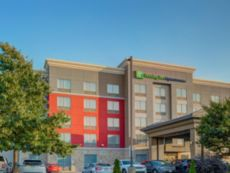 Holiday Inn Express & Suites Woodstock South
