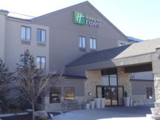 Holiday Inn Express Kansas City - Bonner Springs