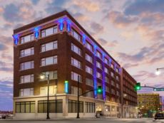 Holiday Inn Express Kansas City Downtown