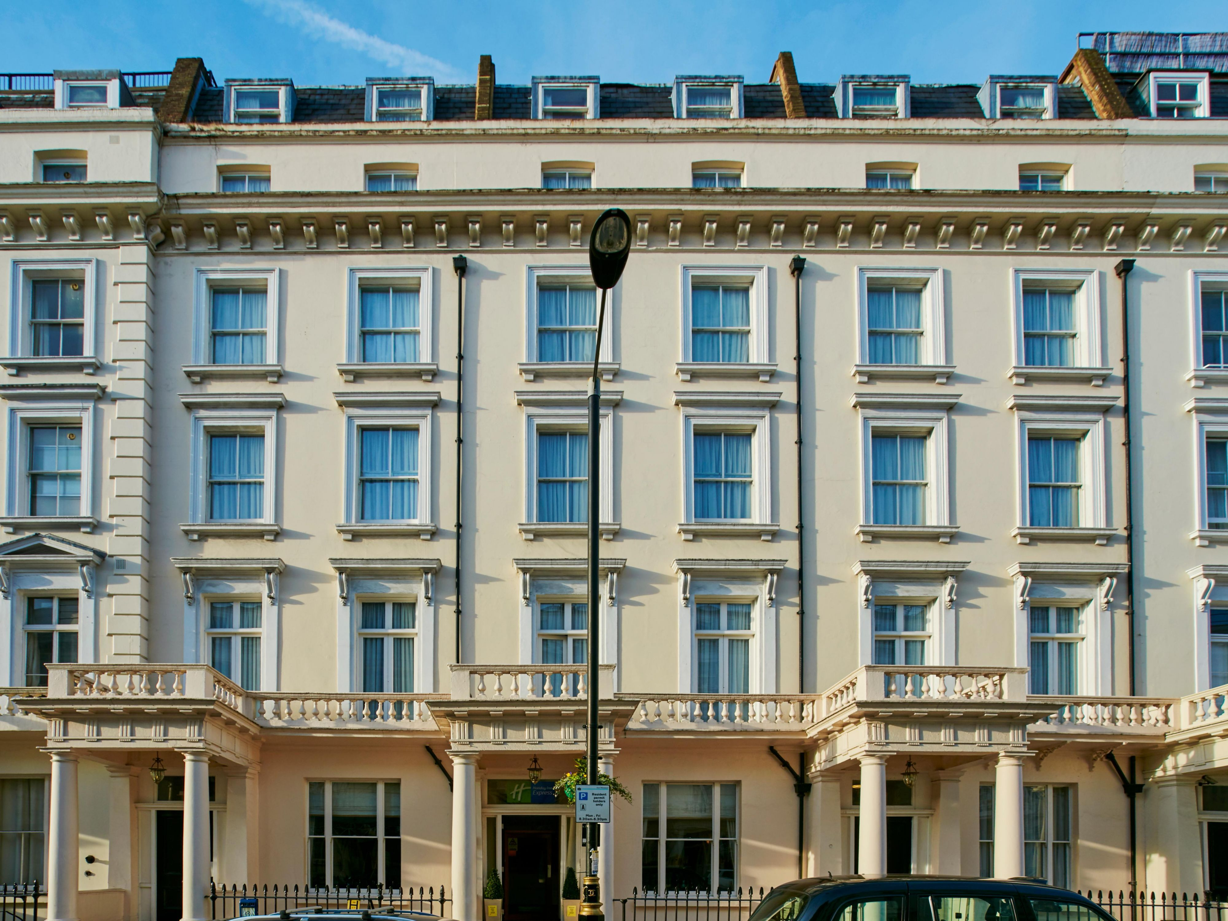 Hotels Near Victoria Station London Holiday Inn Express London Victoria