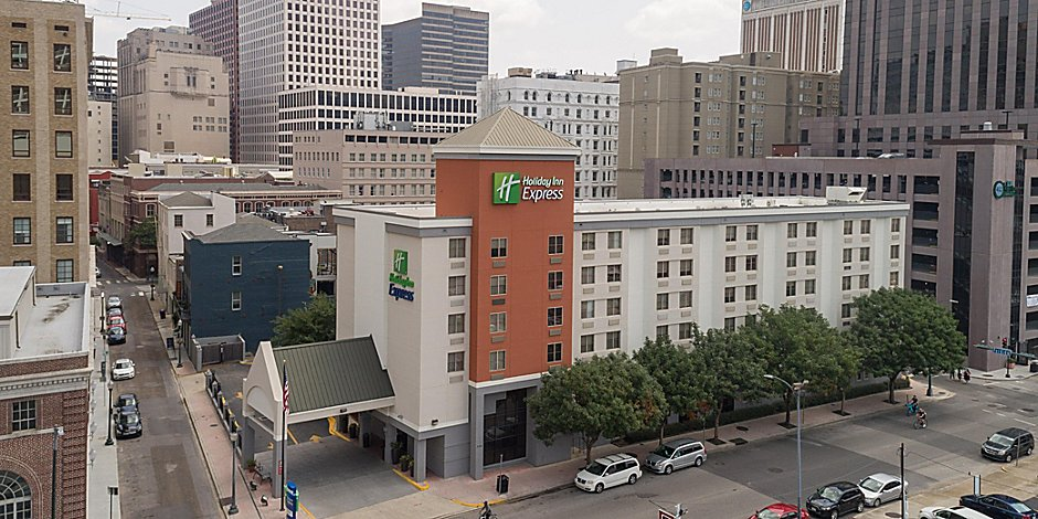 Hotels In Downtown New Orleans Holiday Inn Express New Orleans Dwtn Fr Qtr Area