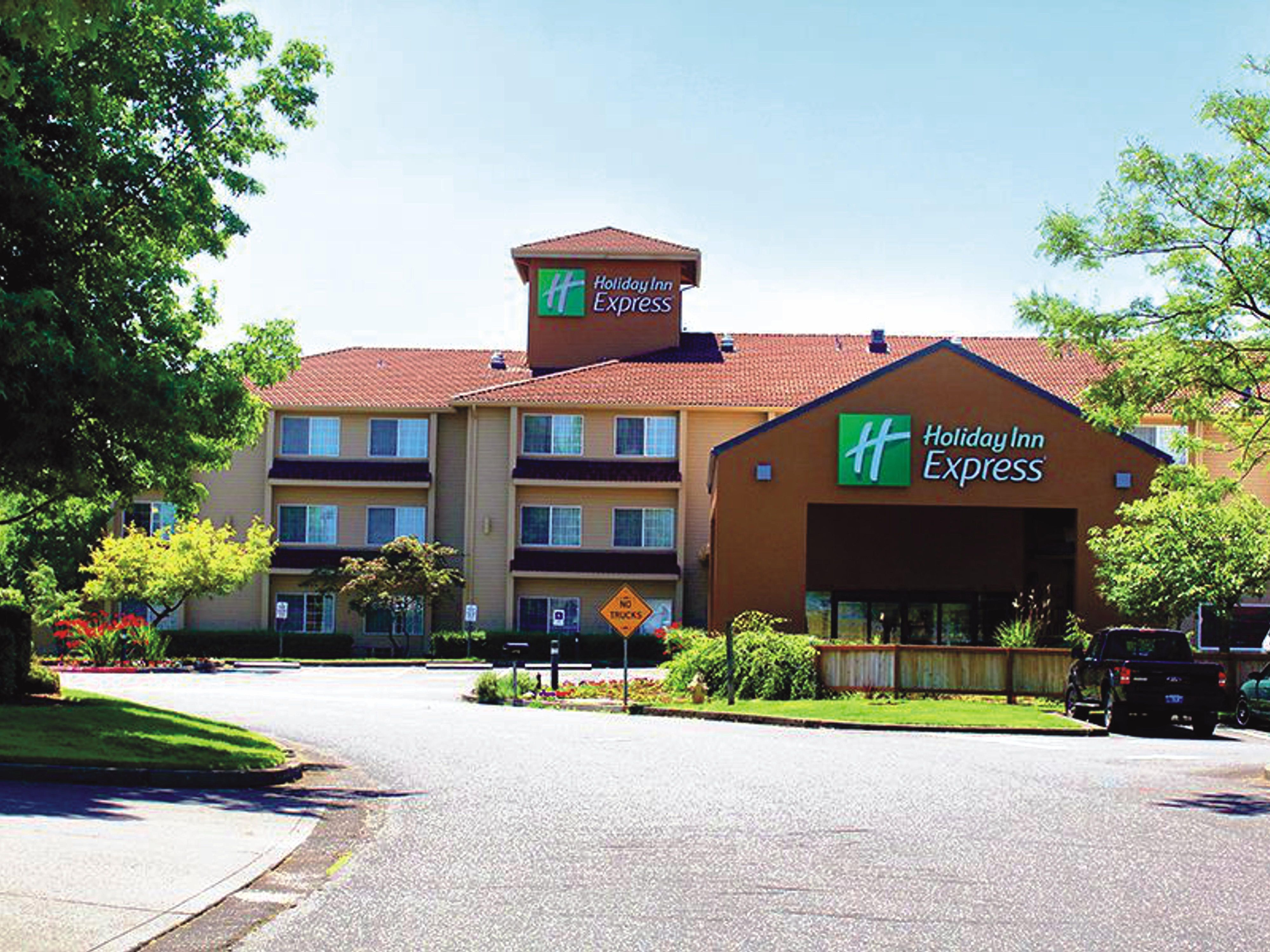 Holiday Inn Express Gladstone Hotels Budget Hotels In Gladstone By Ihg