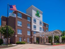 Holiday Inn & Suites Dallas-Addison
