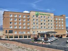 Holiday Inn & Suites Albuquerque-North I-25