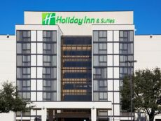 Holiday Inn & Suites Beaumont-Plaza (I-10 & Walden)