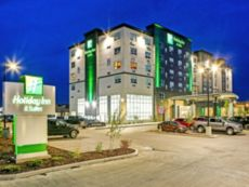 Holiday Inn & Suites Calgary Airport North